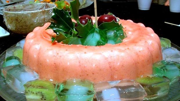 Lo spumone di fragole, la ricetta del gustoso dolce al cucchiaio