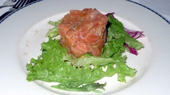 La tartare di salmone con la ricetta facile da fare