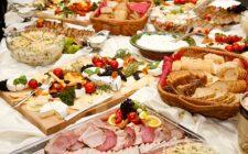 La ricetta dei cannoncini ripieni salati con ricotta e prosciutto