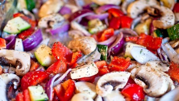 Contorno di verdure al forno, le 5 ricette semplici e gustose