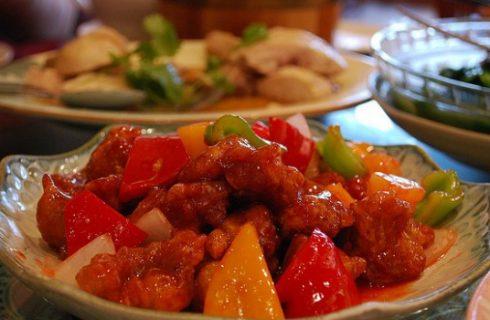 Il maiale in agrodolce con la ricetta cinese