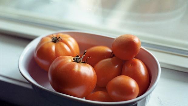La ricetta dei pomodori alla pizzaiola ripieni da fare al forno