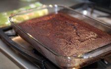 Ecco la torta ubriaca e la ricetta con cioccolato e vino rosso