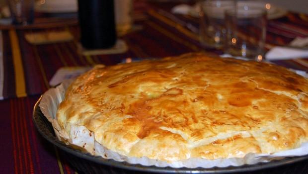 La ricetta della torta salata di patate con prosciutto