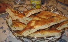 La ricetta della focaccia senza lievito da cuocere in padella