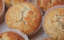 Come fare i muffin alla banana con la ricetta vegan