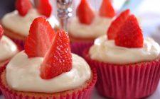 I muffin alla vaniglia, la ricetta base da farcire con creme