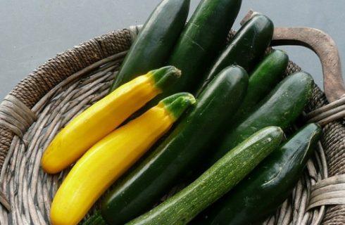 Come cucinare le zucchine lesse, al forno o ripiene