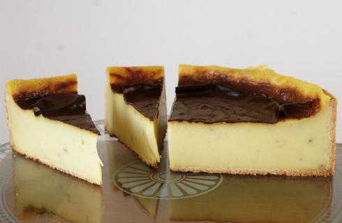 Ecco il flan parisien con la ricetta base al profumo di vaniglia