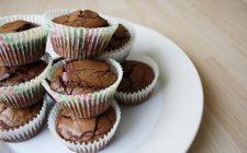 I muffin con cuore di cioccolato morbido, ecco come farli in casa