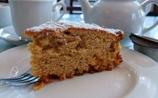La torta di Padre Pio, la ricetta e la storia del dolce da condividere