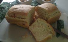 La ricetta del plumcake salato senza uova, leggero e gustoso
