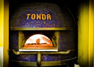 Tonda, Roma