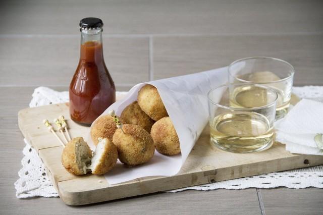Le crocchette di pollo e mozzarella