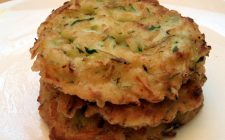 I frittini di zucchine al forno con la ricetta leggera