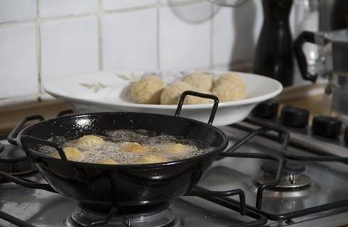 Frittura crocchette di pollo e mozzarella