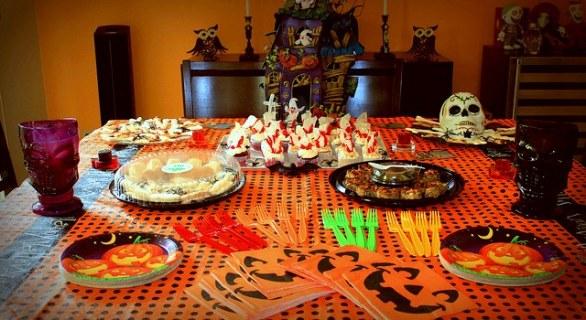 Le 5 ricette per l'aperitivo da servire ad Halloween