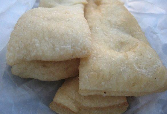 Gli sgabei con la ricetta originale dell'antipasto di La Spezia