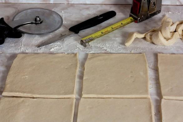 Ecco gli sgonfiotti di pasta sfoglia, la ricetta e come farcirli