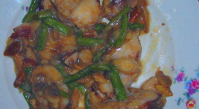 Ecco la ricetta dello spezzatino di coda di rospo per un secondo sfizioso