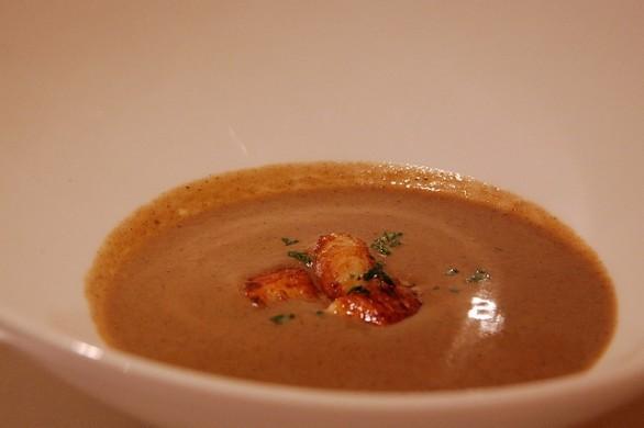 La zuppa di porcini con la ricetta semplice