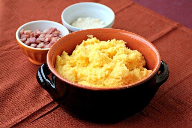 Ingredienti per le quenelle di polenta