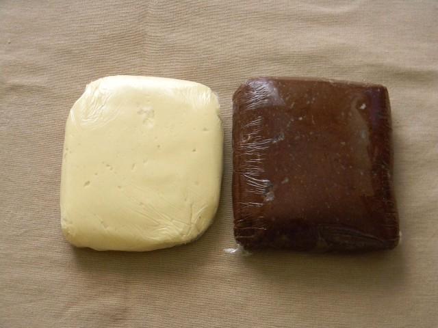 I due impasti dei biscotti bicolore