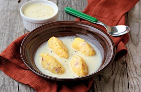 Quenelle di polenta con fonduta