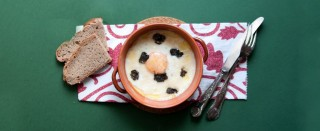 Uova in cocotte al tartufo nero