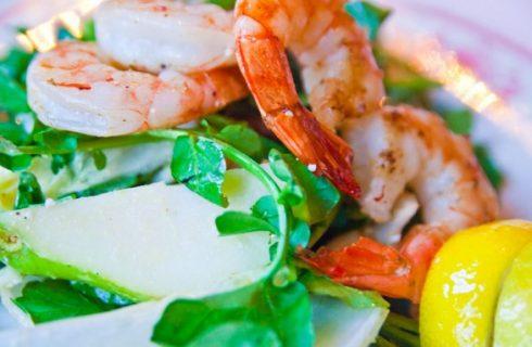 La ricetta dell'insalata catalana con i gamberi