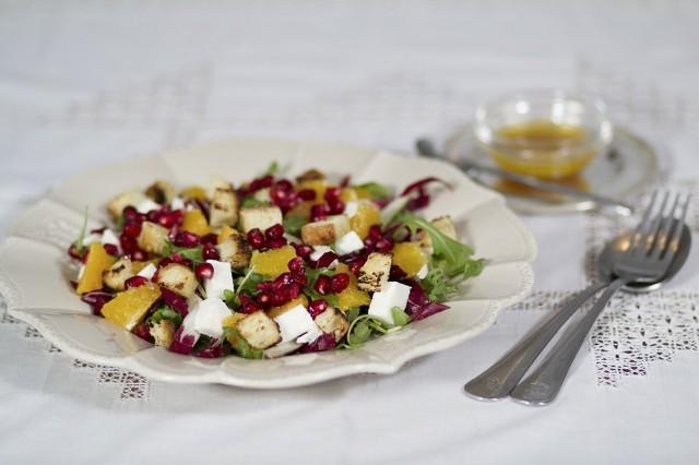 L'insalata invernale di radicchio e melagrana è pronta
