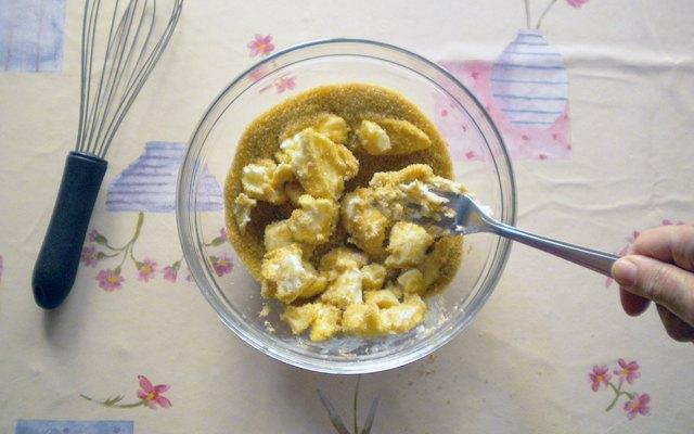 Crema di burro e zucchero per il plumcake