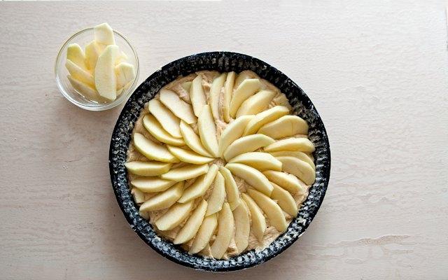 Decorazione della torta di mele