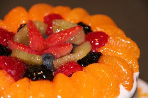 Come decorare una torta con la frutta