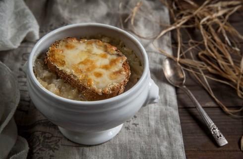 Ricetta della zuppa di cipolle