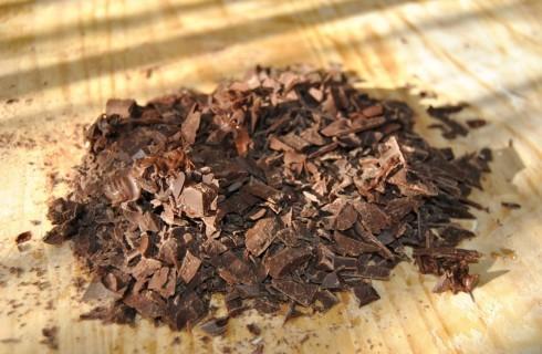 Il cioccolato fondente tritato