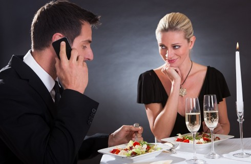 34 regole del galateo per imparare a stare a tavola
