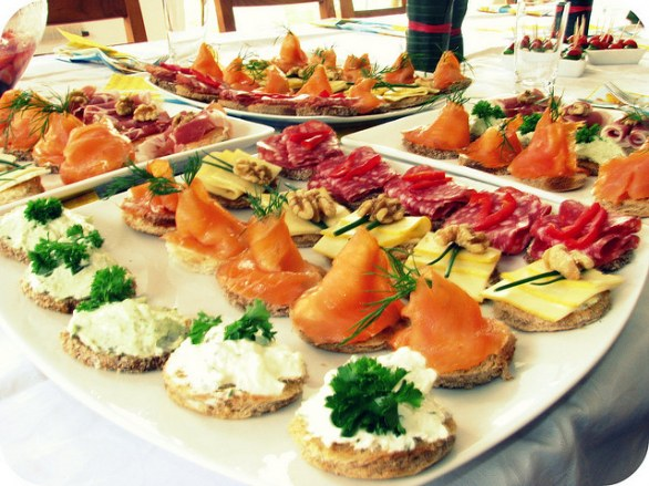 Antipasti Natale Di Pesce.I 5 Antipasti Natalizi Di Pesce Con Le Ricette Facili Gustoblog