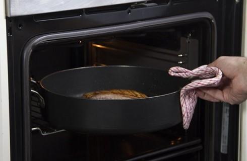 La cottura del petto d'anatra al forno