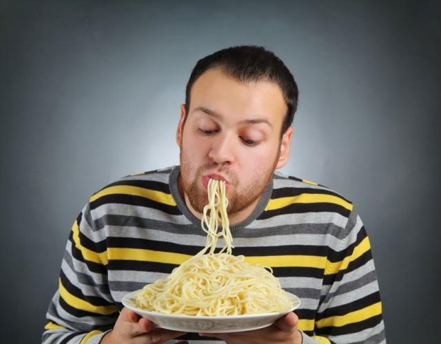 Mangiare gli spaghetti