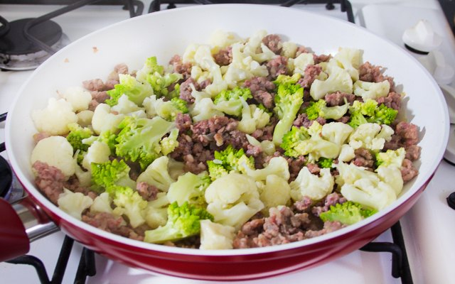 I broccoli con la salsiccia