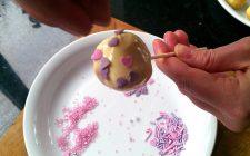 Ecco i cake pops per San Valentino, facili e veloci