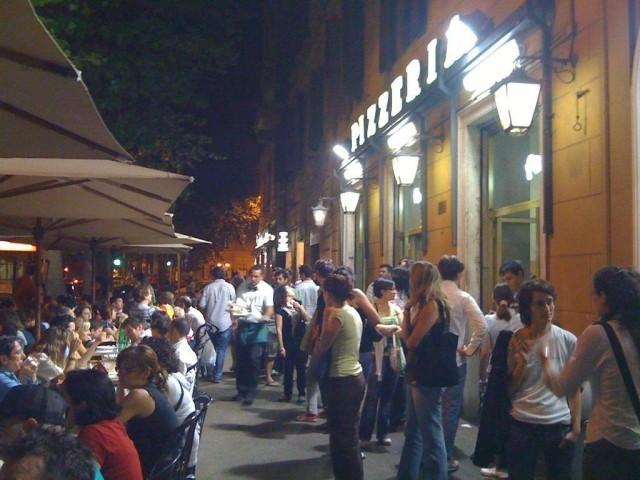 Tavolini Di Marmo Trastevere : Dove mangiare tardi a roma agrodolce