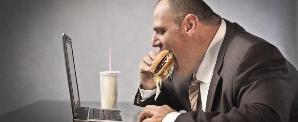 Le grandi verità: chi fa la dieta lavora male