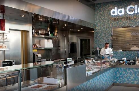 A Milano l'aperitivo più chic è in pescheria