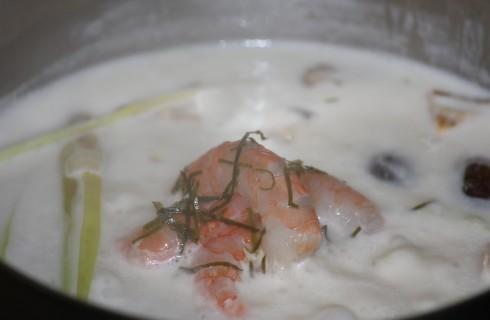 La toma yam in cottura