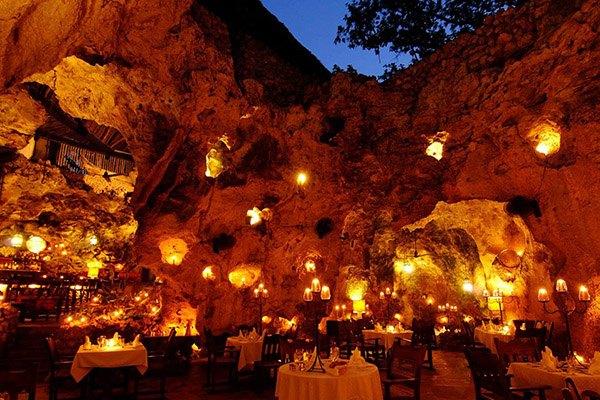 cave_restaurant