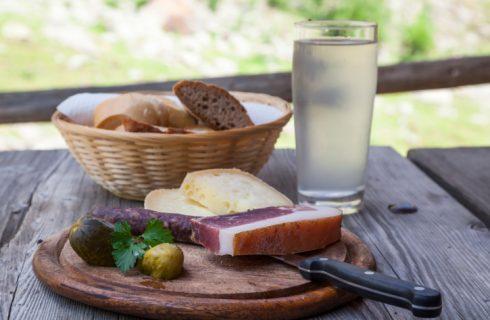 La cucina altoatesina, tra economia di montagna e vocazione mitteleuropea