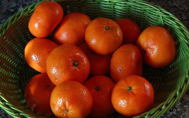 Mandarini con gelato, il dessert facile e veloce