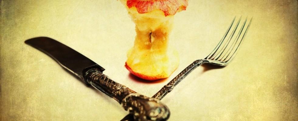 Come si mangia la frutta? 20 regole del galateo